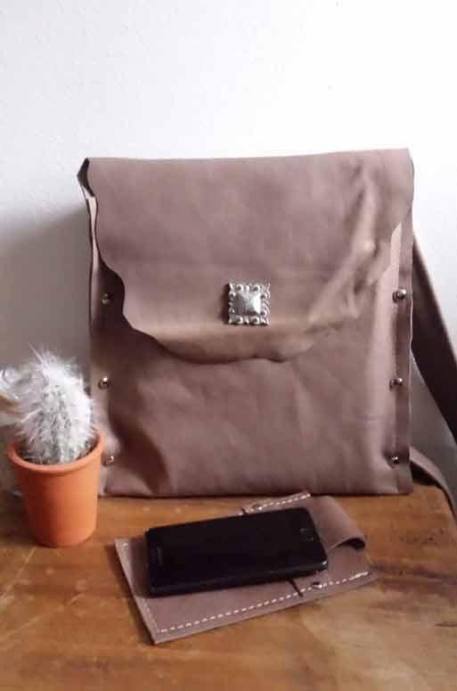 Damestas Bruin : Damestas leer bruin toetie tassen