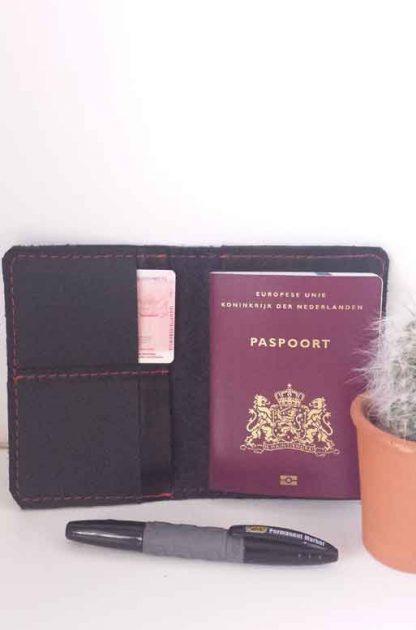 leren paspoortmapje zwart