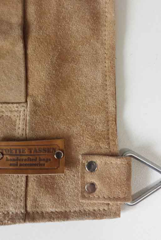 4d4837bf5f1 Beltbag Suede Cognac – TOETIE Tassen